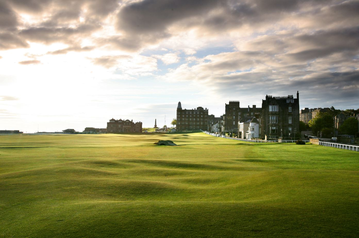 Top international golf courses you should play