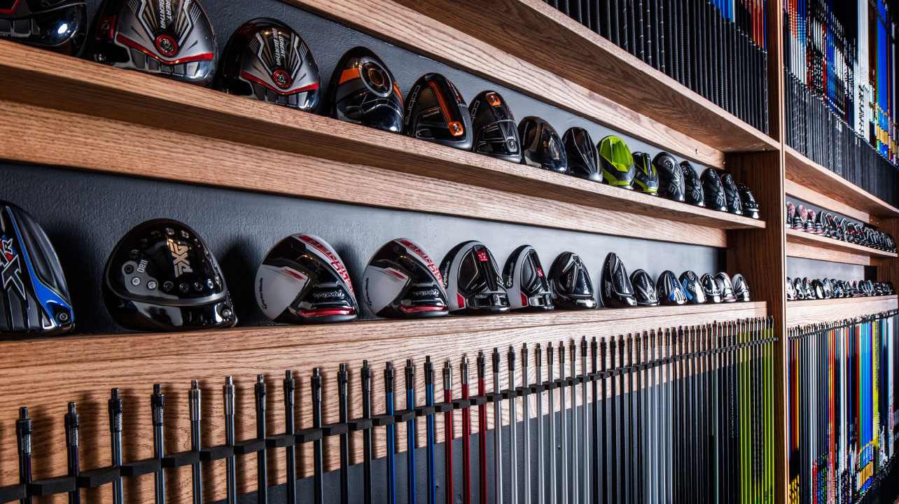 Custom clubfitting can be daunting for new players. Where and how should they start their new club search?