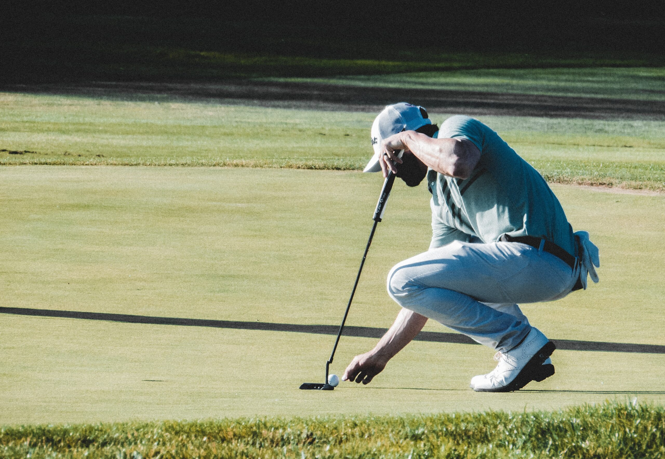 What are the top ways golfers can avoid 3-putting?
